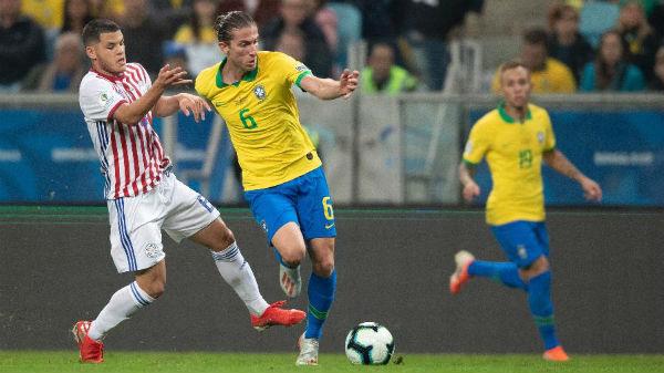 Filipe Luís em jogo da seleção brasileira contra o Paraguai na Copa América. Foto: Lucas Figueiredo/CBF/Via UOL