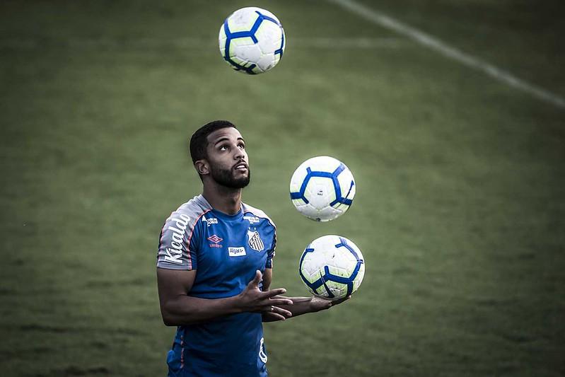 Ex-santista Jorge pertence ao Mônaco e disputou a última temporada emprestado ao Basel. Foto: Ivan Storti/Santos FC