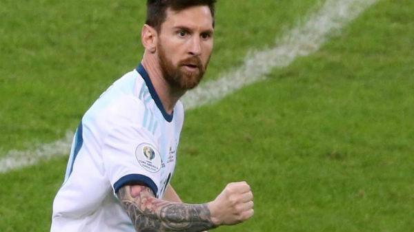 Messi comemora gol da Argentina contra Paraguai. Foto: REUTERS/Edgard Garrido/Via UOL