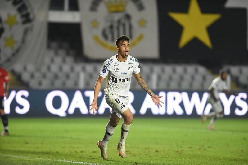 Kaio Jorge assina pré-contrato com a Juventus e coloca o Santos 'entre a cruz e a espada'. Por: @lucas_creis