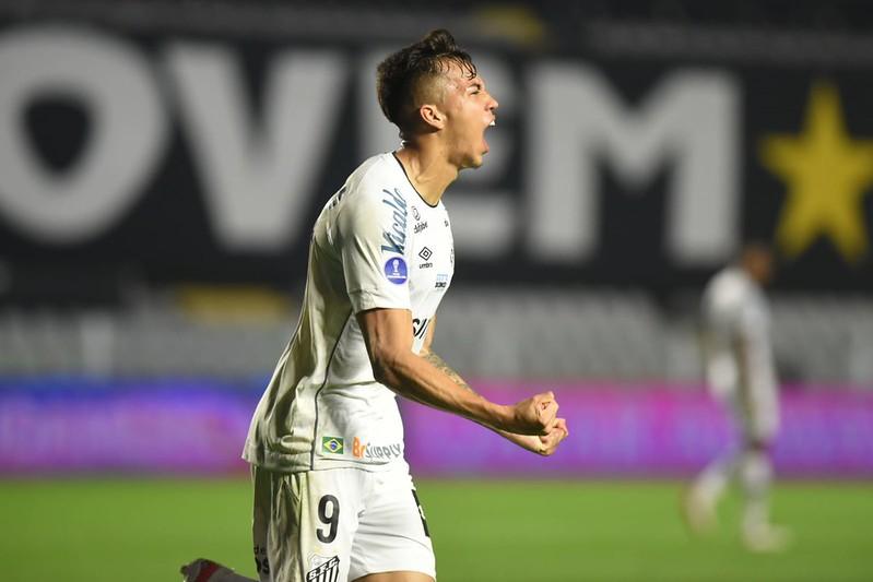 Atacante santista assinou pré-contrato com a equipe italiana e pode deixar a Vila Belmiro de graça. Foto: Ivan Storti/Santos FC