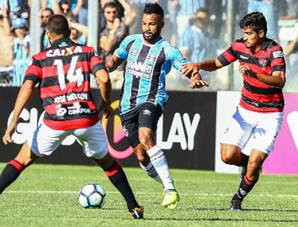 Os gols em Caxias do Sul foram de Patric e Fernandinho em um intervalo de dois minutos