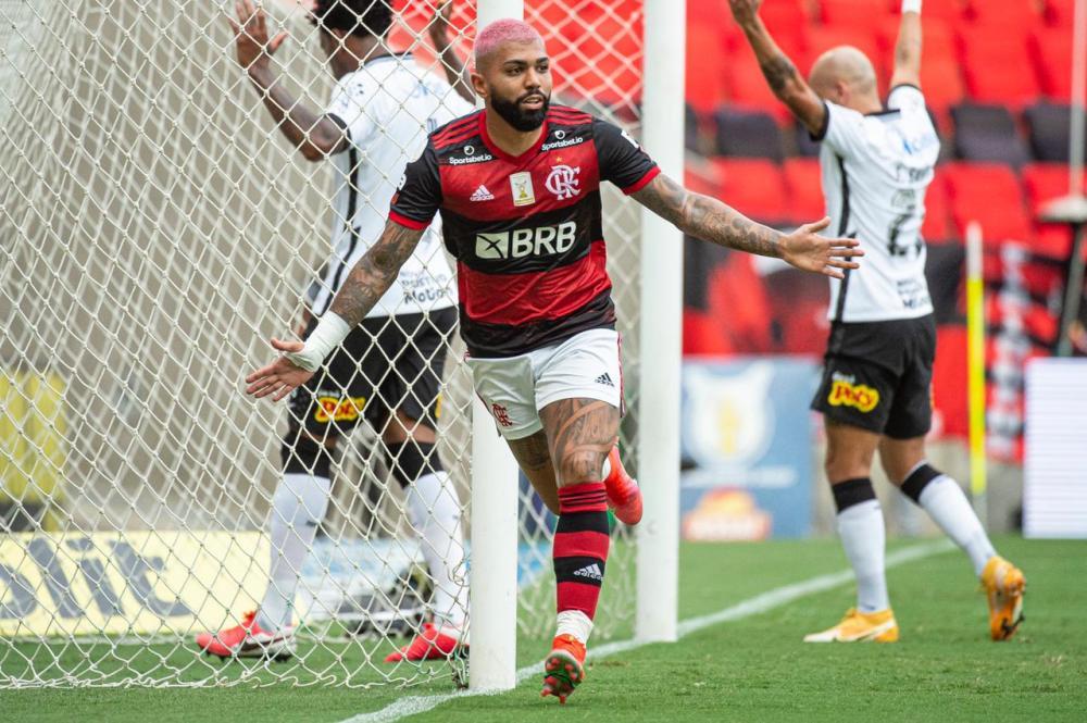 Gabigol comemora gol contra o Corinthians no Brasileirão passado. Foto: Alexandre Vidal/Flamengo