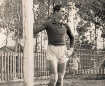 Campeão da segunda divisão paulista em 49 com o Bugre morreu aos 98 anos. Foto: Foto do acervo familiar, cedida ao Memorial do Guarani FC.