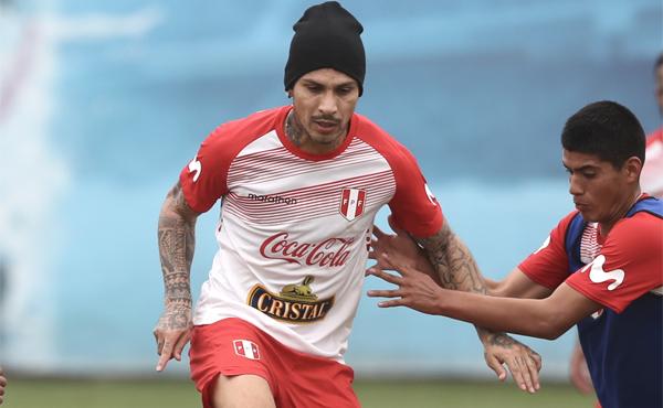O craque peruano deveria após o jogo ter elogiado a mídia