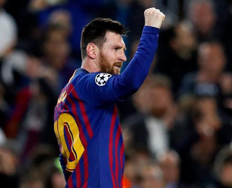 Ex-camisa 10 do Barcelona está livre no mercado, mas não será simples conseguir uma nova equipe. Foto: Facebook/Reprodução