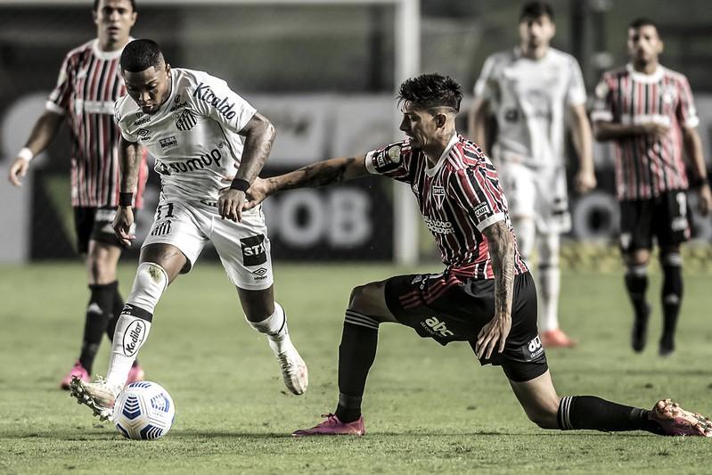 Pelo chaveamento sorteado, grande decisão do torneio pode colocar frente a frente os rivais paulistas. Foto: Ivan Storti/Santos FC