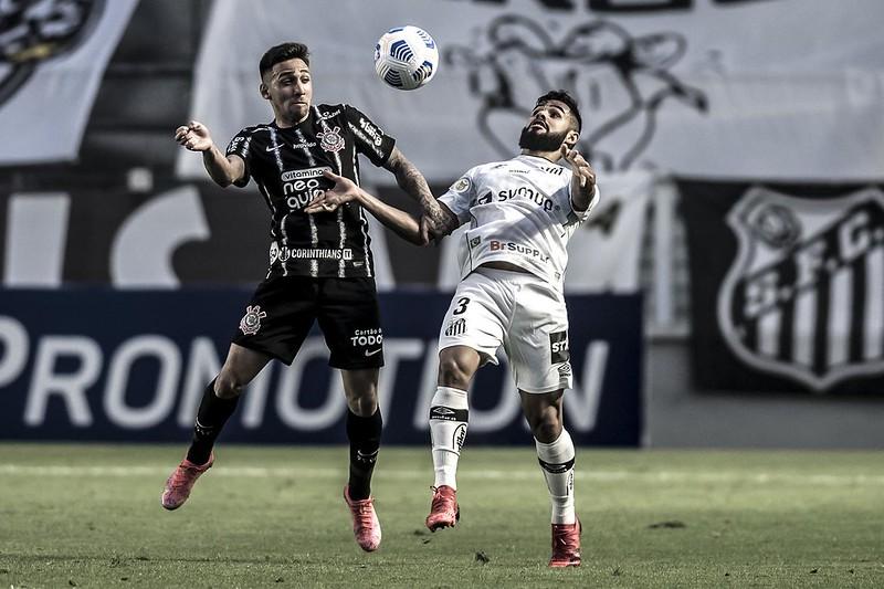 Timão foi melhor que o Santos na Vila, mas sofre muito para construir suas jogadas. Foto: Ivan Storti/Santos FC