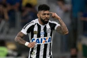 Gabigol disputou 52 partidas com a camisa do Santos nesta temporada