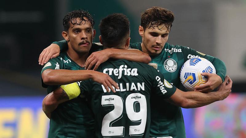 Verdão é o segundo colocado, cinco pontos atrás do líder Atlético. Foto: Cesar Greco