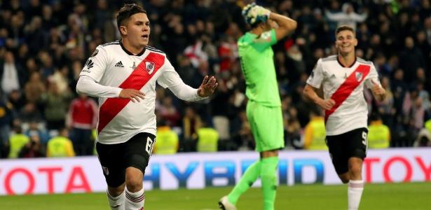 Quintero comemora depois de decidir, com um golaço, a Libertadores de 2018. Foto: JuanJo Martin/EFE