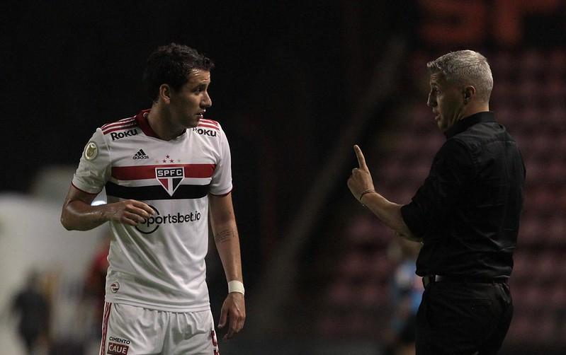 Treinador são-paulino lamentou as constantes contusões em seu elenco. Foto: Rubens Chiri/saopaulofc.net