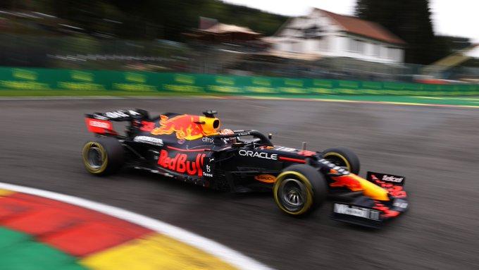 Holandês superou os carros da Mercedes no TL2. Foto: Red Bull Racing Honda
