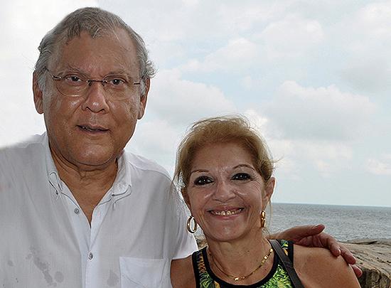 O casal em 22 de fevereiro de 2016 no Edifício Seven Seas, na Ilha Porchat. Foto: Marcos Júnior Micheletti/Portal TT