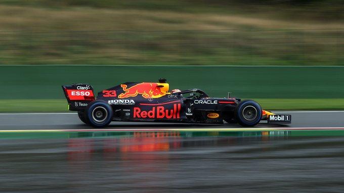 Holandês lidou bem com a pista molhada no Q3. Foto: Red Bull Racing Honda