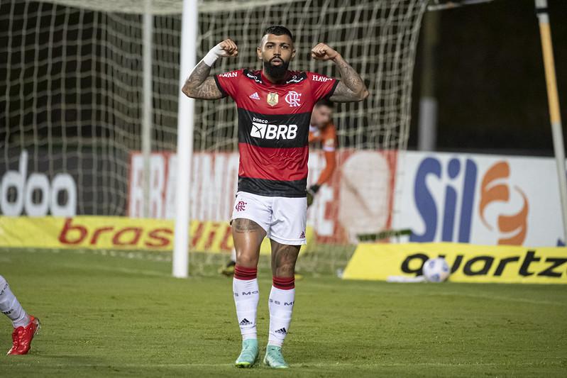 O artilheiro disse que foi provocado por pessoas ligadas ao Santos. Foto: Alexandre Vidal/Flamengo