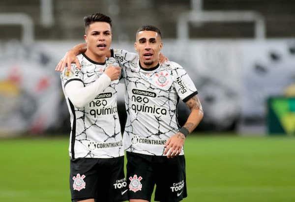 Roni e Gabriel não são os queridinhos da torcida, mas são necessários. Foto: Rodrigo Coca/Ag. Corinthians