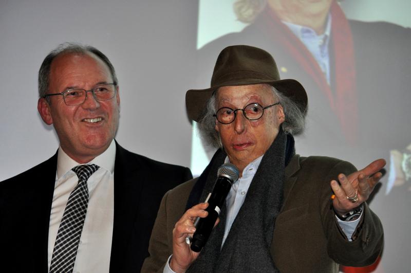 Jaime Basso e Tejon falaram para a plateia no Teatro Gazeta. Foto: Marcos Júnior Micheletti/Portal TT