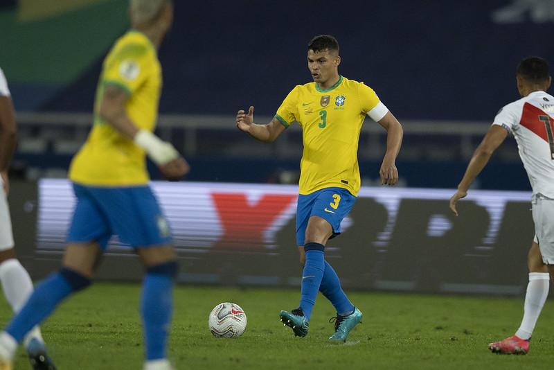 Brasileiro que atuam na Inglaterra ficarão sem atuar por cinco dias após sanção da Fifa aos clubes da Premier League. Foto: Lucas Figueiredo/CBF