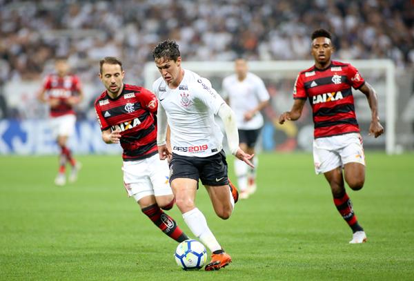 Flamengo e Corinthians encabeçam a lista digital. Foto: Rodrigo Coca/Ag. Corinthians