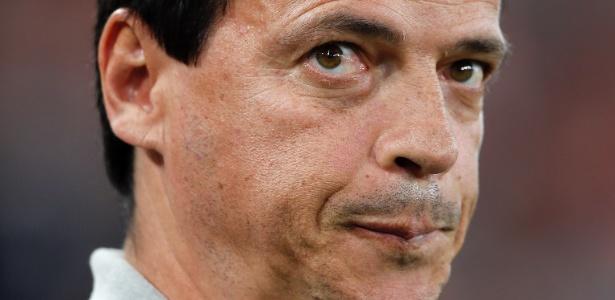 Fernando Diniz comanda a segunda pior campanha do Atlético-PR nos pontos corridos