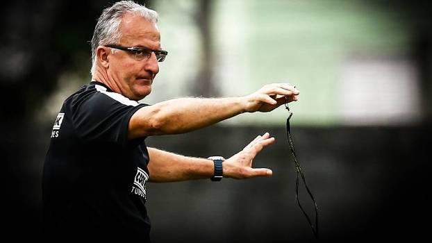 Modesto Roma, mandatário do Santos, demite Dorival Junior e acena com Levir Culpi. A bola pune, presidente!