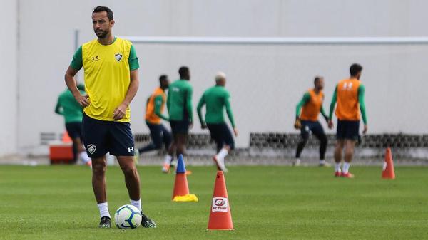 Nenê durante treinamento do Fluminense. Foto: LUCAS MERÇON/FLUMINENSE F.C/Via UOL