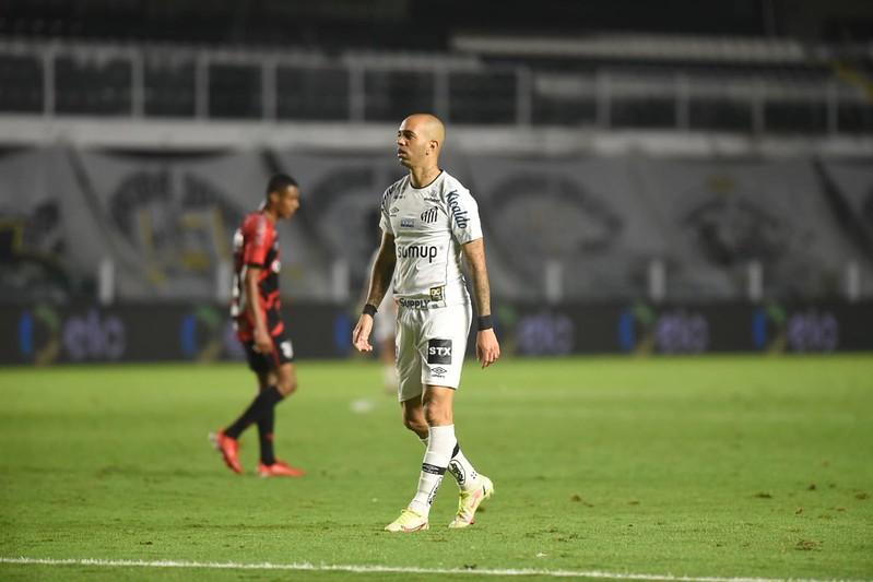 Atacante santista disse ter sido perseguido e ameaçado por alguns torcedores. Foto: Ivan Storti/Santos FC