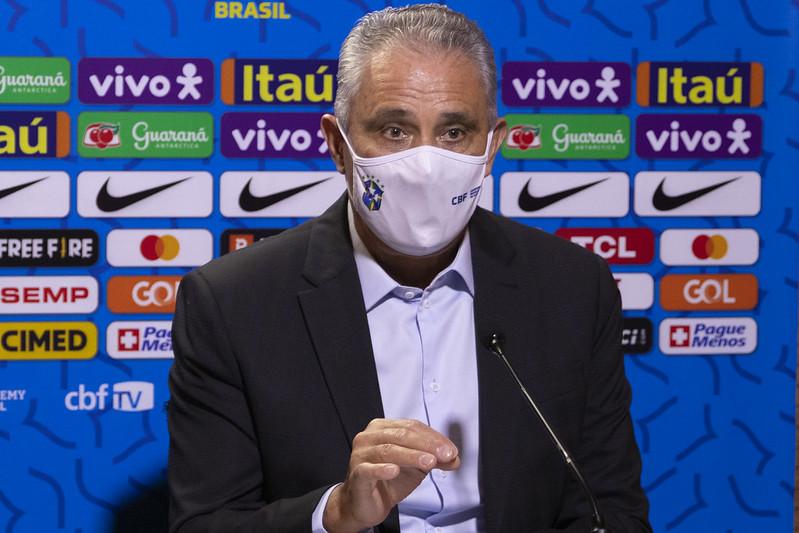 Treinador da seleção brasileira comandará destacou os predicados do volante do Internacional. Foto: Amanda Paiva/CBF