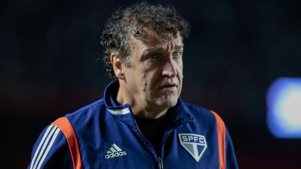 Cuca, técnico do São Paulo, em clássico contra o Palmeiras pelo Brasileiro 2019. Foto: Marcello Zambrana/AGIF/Via UOL