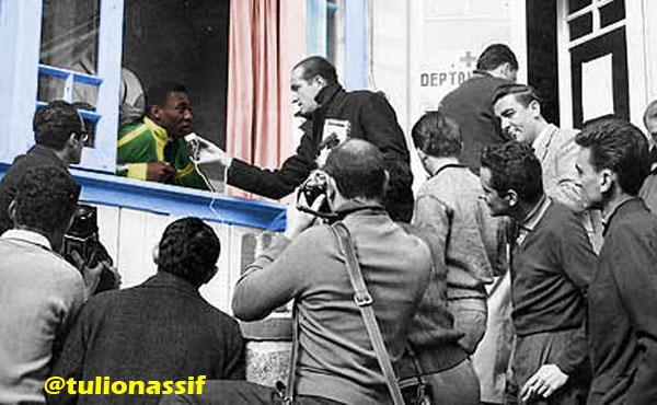 Quanto sofrimento e torcida pela saúde de Pelé! Aliás, Pelé e hospital nunca jogaram juntos porque o Rei sempre foi de borracha