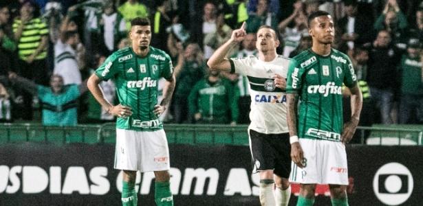 Quem sai por baixo da rodada desta quarta-feira é o Palmeiras, atual campeão e equipe de maior investimento no ano