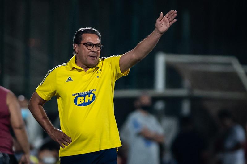 Time comandado por Luxemburgo tem menos de 1% de chances de subir. Foto: Bruno Haddad/Cruzeiro