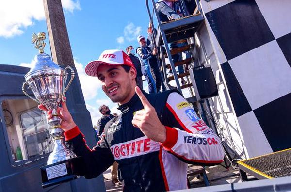 Piloto brasileiro triunfou na rodada dupla em El Pinar. Foto: Viktor Kudlik/TCR South America