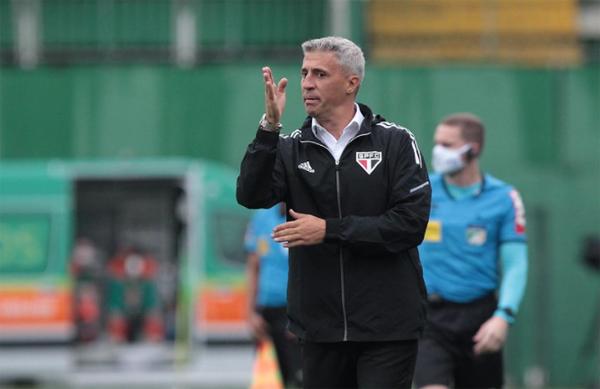 Treinador tricolor busca recuperação de seu time. Foto: São Paulo/Divulgação
