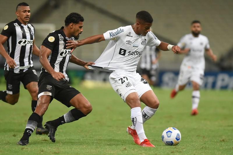 Atacante do Santos, Ângelo é um dos brasileiros citados pelo jornal The Guardian. Foto: Ivan Storti/Santos FC