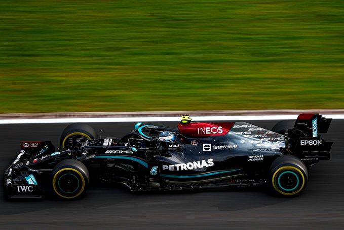 Finlandês tem missão de tentar segurar Verstappen. Foto: Mercedes-AMG Petronas F1