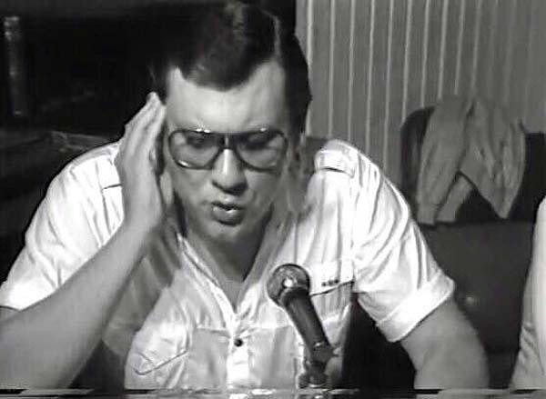 Então aos 26 anos, o jornalista integrava a equipe da Rádio Joven Pan. Foto: Reprodução