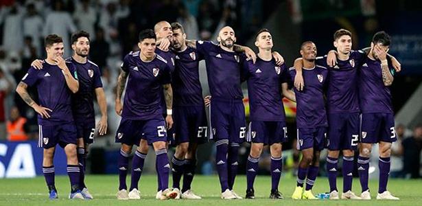 O último sul-americano campeão do mundo foi o Corinthians, em... 2012