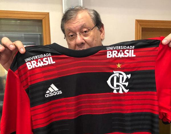 Milton Neves comanda a atração na RB. Foto: Guilherme Cimatti