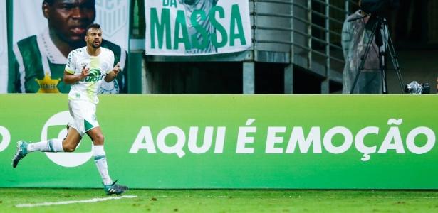 Zagueiro pode retornar. Foto: Alexandre Schneider/Getty Images/Via UOL