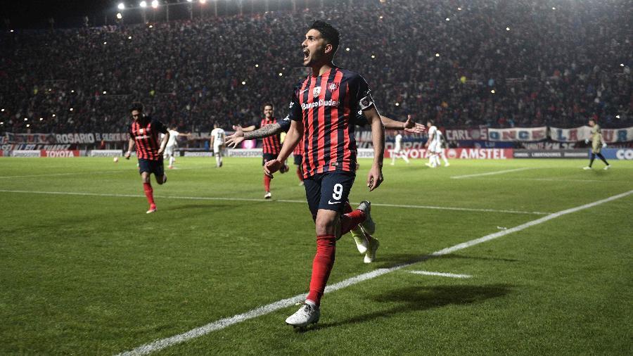 Nicolás Blandi chegaria ao Botafogo por empréstimo de um ano e meio