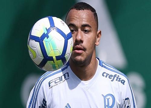 Papagaio deve ser cedido ao Atlético-MG em negociação separada da de Marcos Rocha