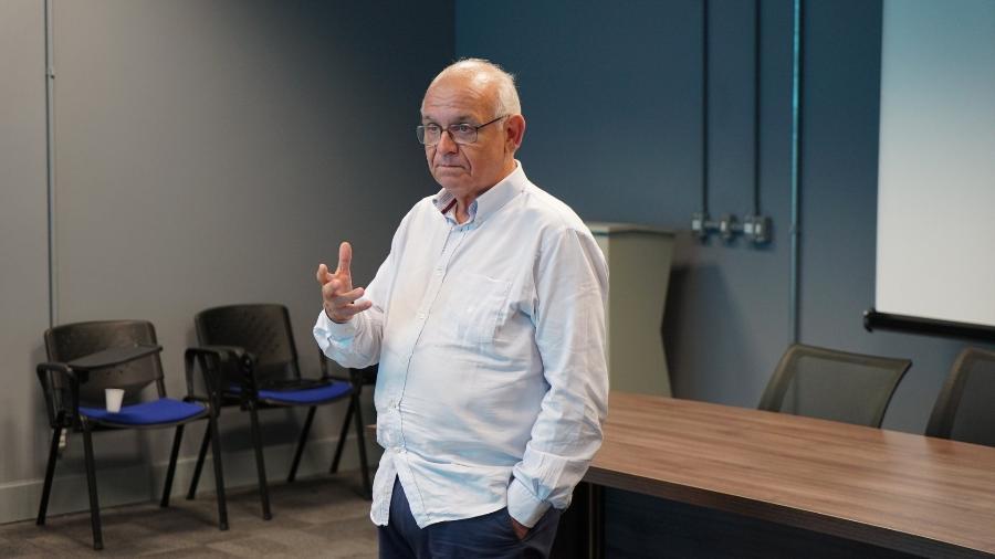 Romildo Bolzan Jr., presidente do Grêmio, disse que adiamento de jogo do Palmeiras gerou privilégio