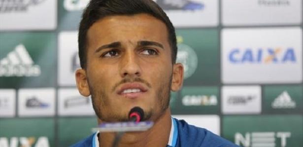Guilherme Parede, atacante do Coritiba, chega ao Internacional por empréstimo de um ano