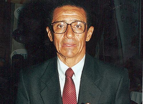 Em 2002 ele foi premiado com o troféu `Melhores do Esporte´. Foto: Portal Terceiro Tempo