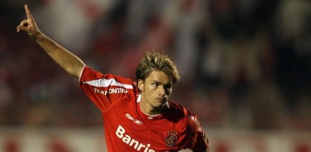 Atacante do Inter marcou os dois gols da primeira partida da final em 2006. Foto: