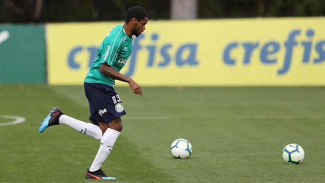Luiz Adriano pode ser uma das novidades do Verdão. Foto: Flickr/Palmeiras