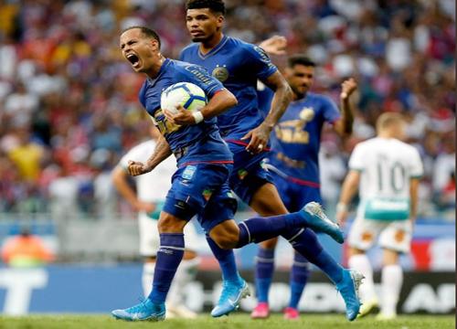 Guerra marcou seu primeiro gol com a camisa do Bahia