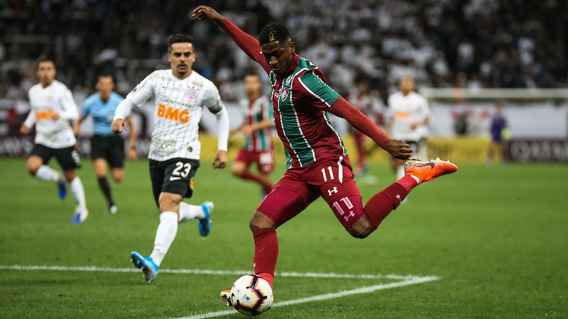 Corinthians e Fluminense voltam a se enfrentar na próxima quinta-feira (29). Foto: LUCAS MERÇON/ FLUMINENSE F.C.